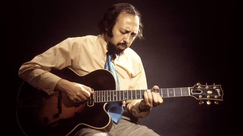 Musicians Gather to Perform at Benefit For Legendary Guitarist Barney Kessel