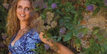 Singer Fleurine Gets Overdue Ovation